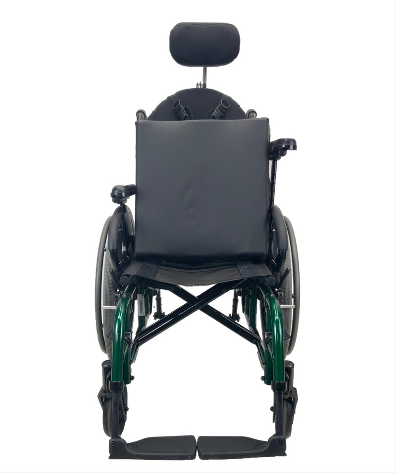 Seat removed on Sunrise Medical Quickie 2 Manual Wheelchair | 16 x 16