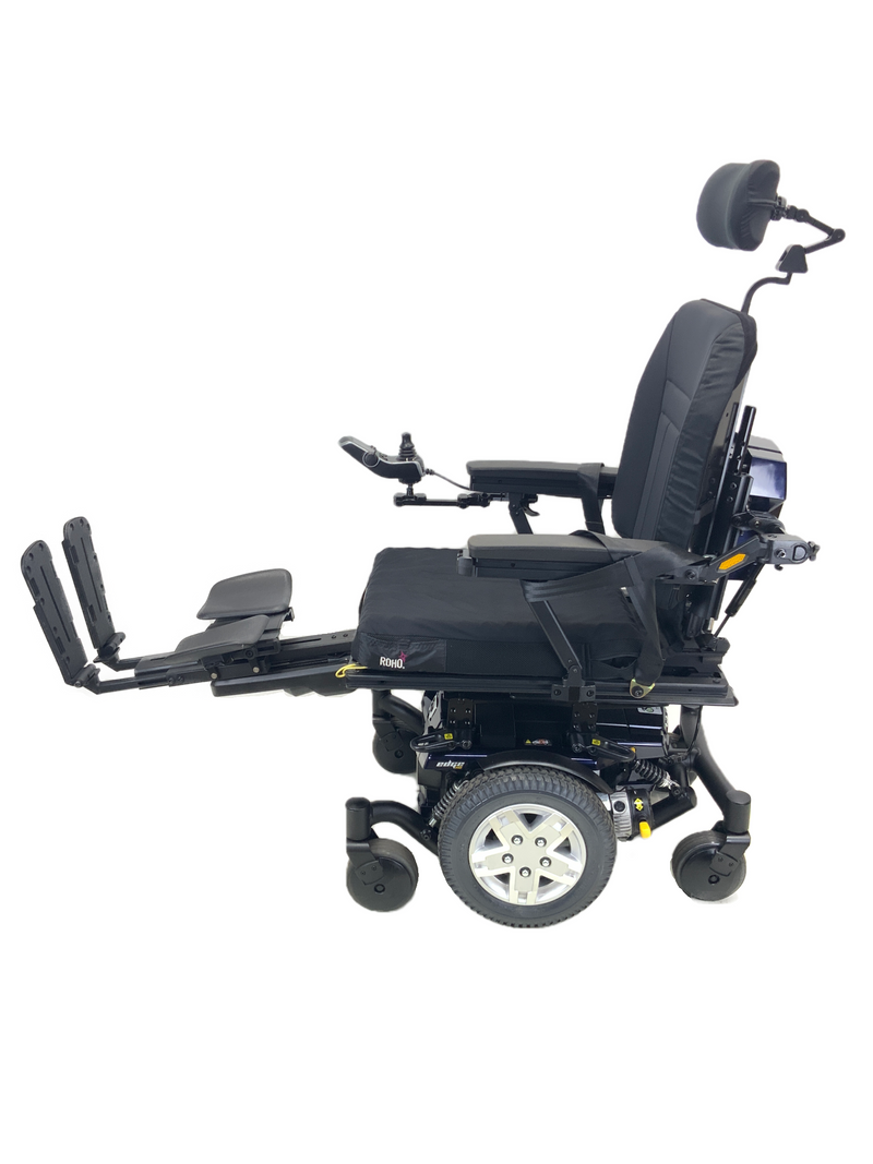 Legs on Quantum Q6 Edge HD Power Chair | 19 x 21 Seat | Tilt, Recline, Power Legs | Only 12 Miles