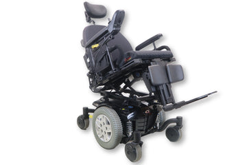 "Quantum Q6 Edge Power Chair | Tilt & Power Leg Rests | 18"" x 19"" Seat"