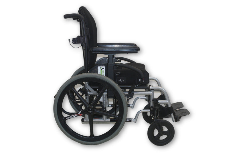 "Quickie 2 Manual Wheelchair By Sunrise Medical | 300lbs Capacity | 15""x 18"" Seat - Power Chairs Test"