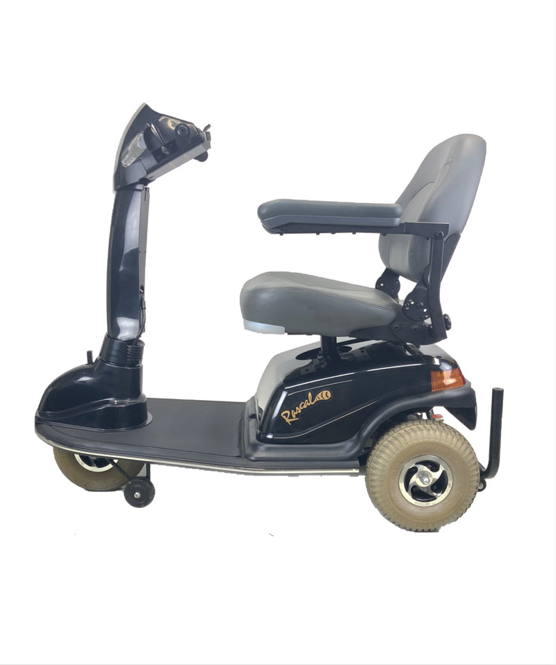 Side of Rascal 600T Electric 3-Wheel Scooter  Seat Elevating Capabilities  450 lbs. Weight Capacity  19 x 16 Seat  Lighting Kit