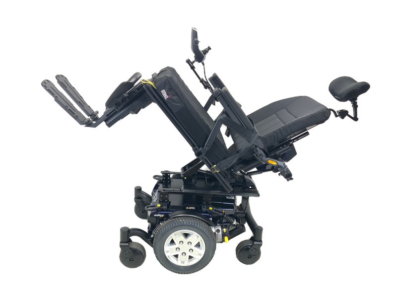 Tilted Quantum Q6 Edge HD Power Chair | 19 x 21 Seat | Tilt, Recline, Power Legs | Only 12 Miles