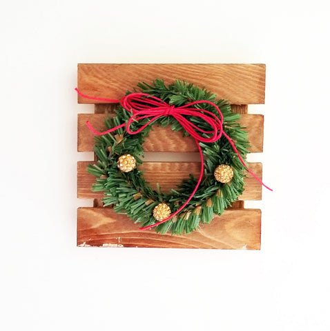 Holiday Joy Wreath Pallet Kit