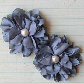 Satin Scallop Edge Blooms - Smoke