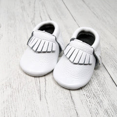 Baby Shower Gift - Baby Moccasins - Baba Box