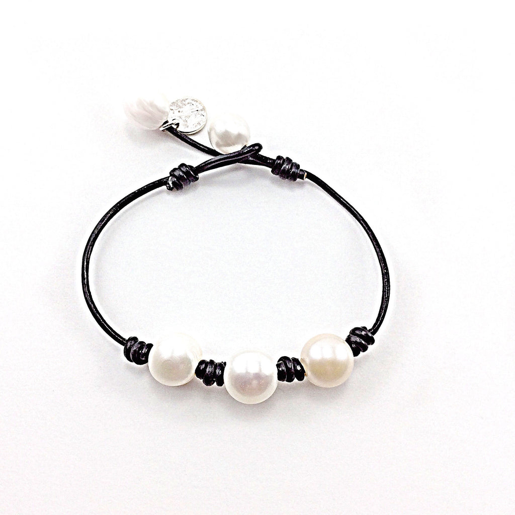 Handmade Leather Bracelet with Natural Pearls