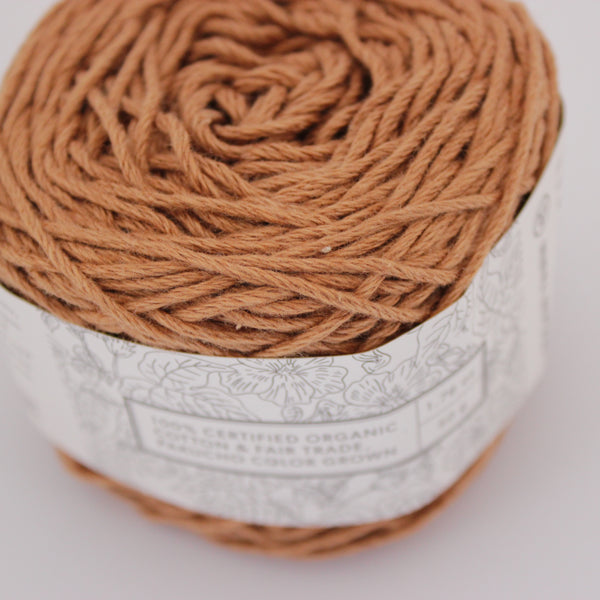 Golden Brown - Worsted (Dark Brown C100),  Vegan Yarn, Pakucho Original vegan yarn, wool free, hand dyed yarn, bamboo, organic cotton, fair trade, naturally dyed, cellulose yarn, vegetarian, cruelty free, sock yarn without wool, cotton blend sock yarn, wool alternative, hand dyed wool free yarn, naturally dyed cotton yarn, plant based, vegetal, botanical, ecological, low impact, cruelty free, herbivore, vegetalien, crochet, weave, weaving, crafting, supply, supplies, hand dyed, natural dye