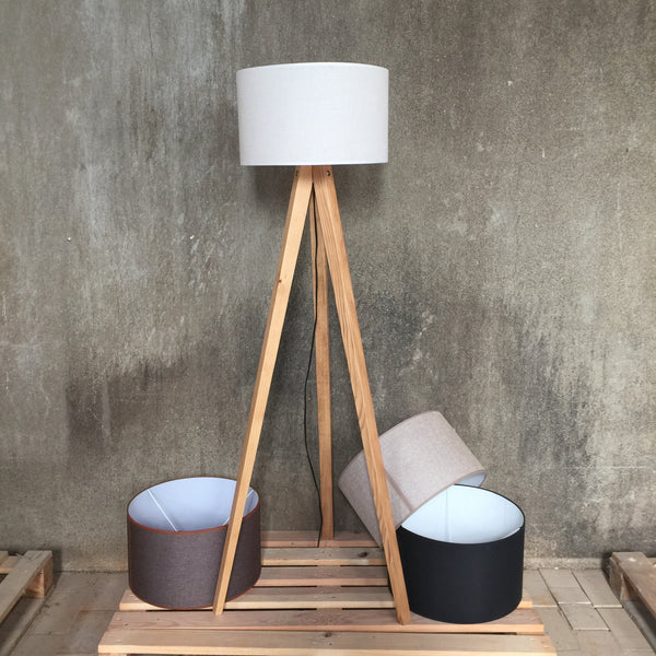 Woodymood Tripod Floor Lamp-Cream