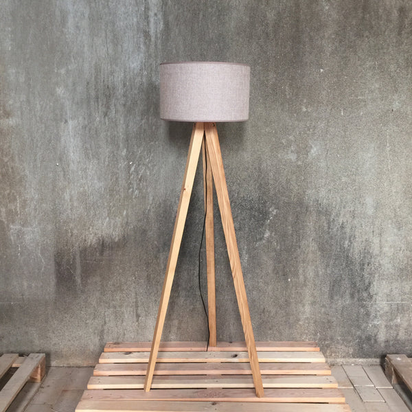 Woodymood Tripod Floor Lamp-Light Brown