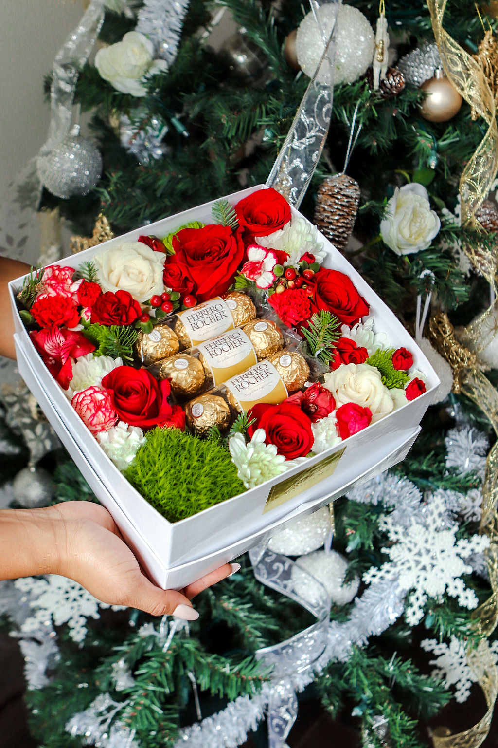 Holiday Ferrero Box | Luxe Blooms