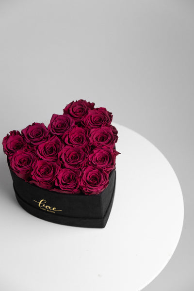 HEART SHAPED INFINITY ROSE BOX (SMALL)