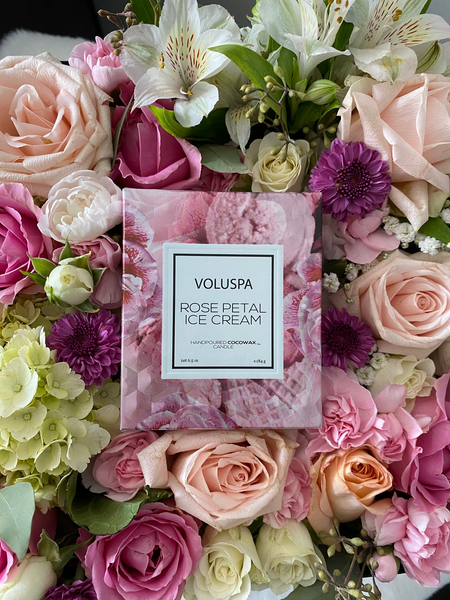 Flowers & Luxury Scented Candle Gift Set | Luxe Blooms