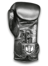 Load image into Gallery viewer, Saw Tooth - Muay Thai Boxing Gloves - Black