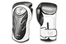 Load image into Gallery viewer, Saw Tooth - Muay Thai Boxing Gloves - Black and White