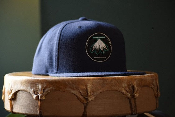 4 Feathers Navy Blue Snapback