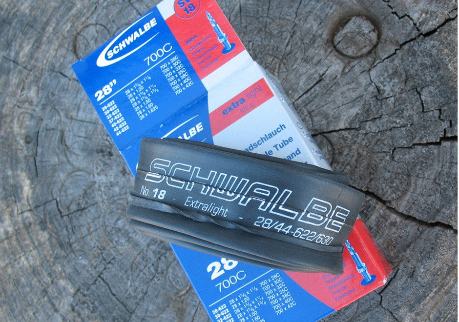 Schwalbe SV18 extralight MEDIUM inner tube, 700c x 28 - 44