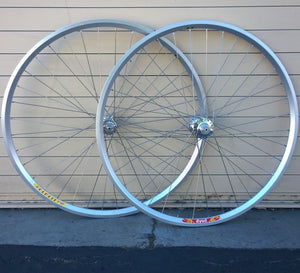 Wheelset - Velocity Dyad / White Industries MI5, bto