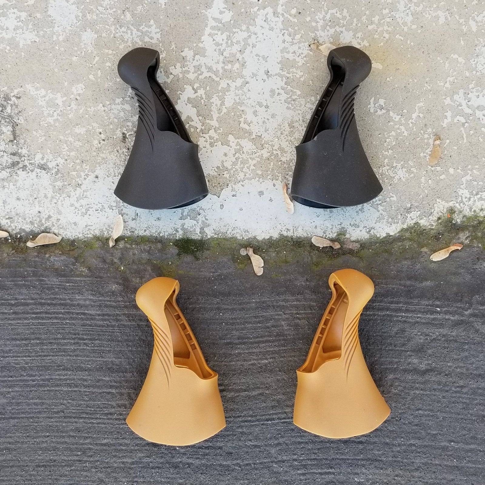 Pair Black TRP Replacement Hoods for RRL Levers