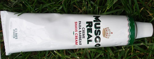 Shaving Cream.  Musgo Real.