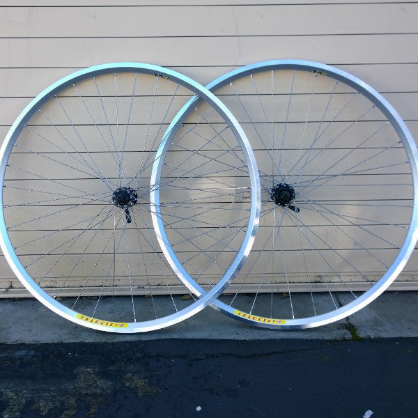 700c Velocity Dyad / Shimano Deore *silver* hubs Wheelset, bto