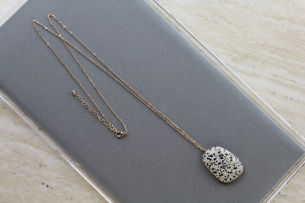 Spotted Pendant Necklace