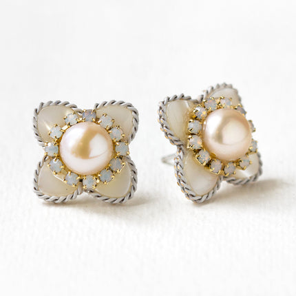 Flora Mother of Pearl Stud Earrings