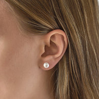 Perla Classic Stud Earrings - Amy O. Bridal
