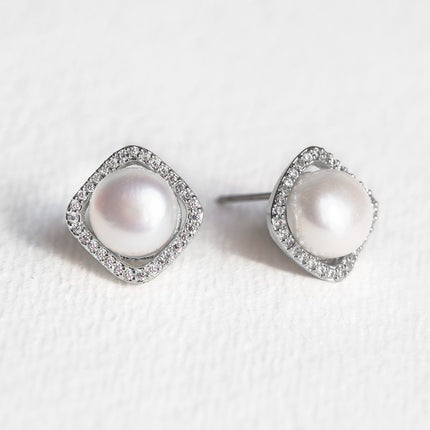 Perla Cushion Halo Stud Earrings
