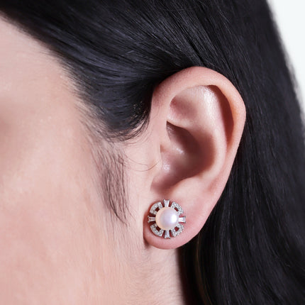 Deco Pearl Stud Earrings