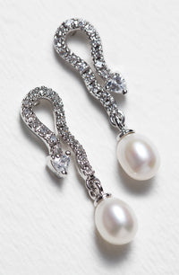 Jolie Vintage Pearl Earrings - Amy O. Bridal