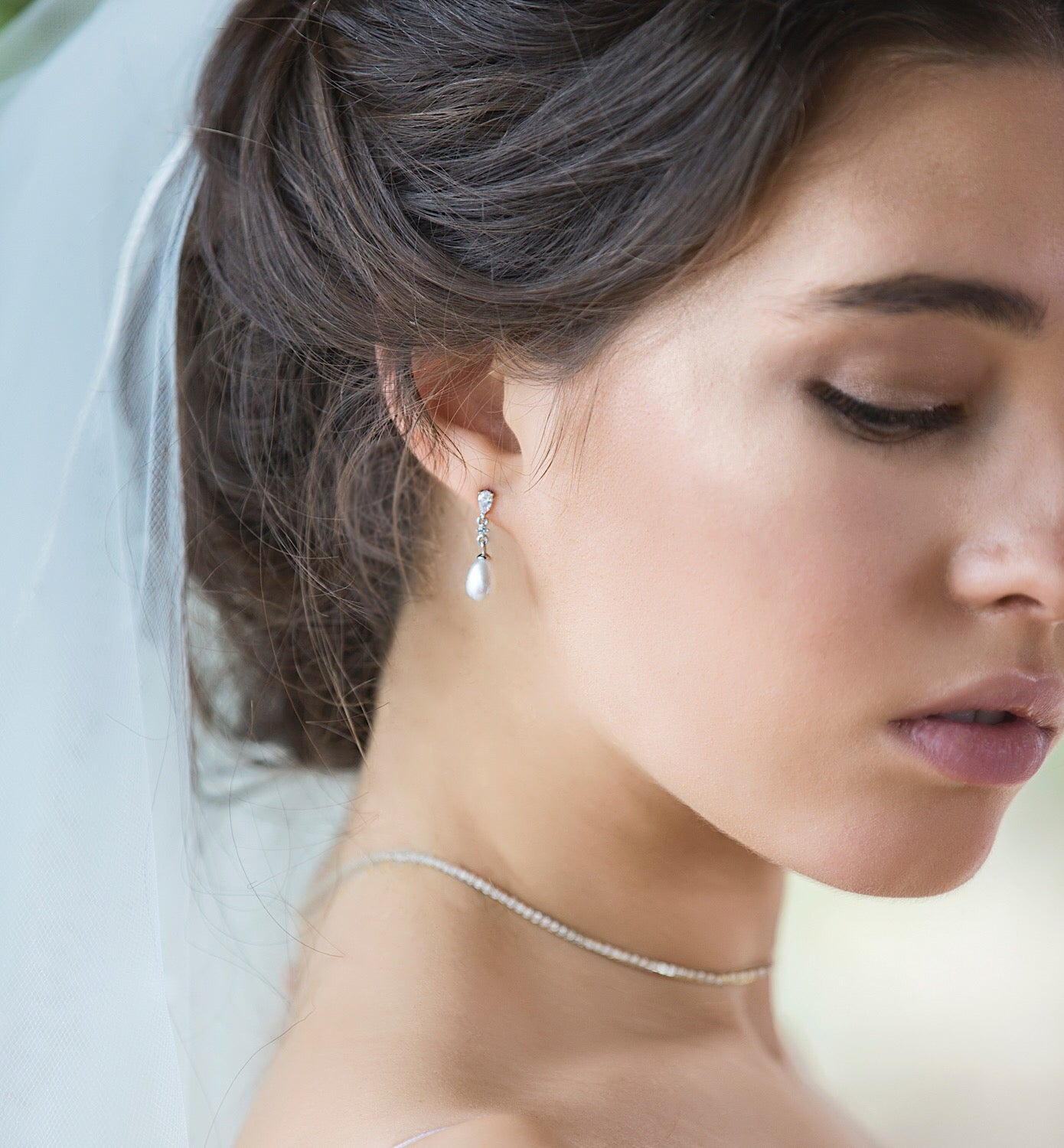 Perla Classic Dainty Drop Earrings - Amy O. Bridal