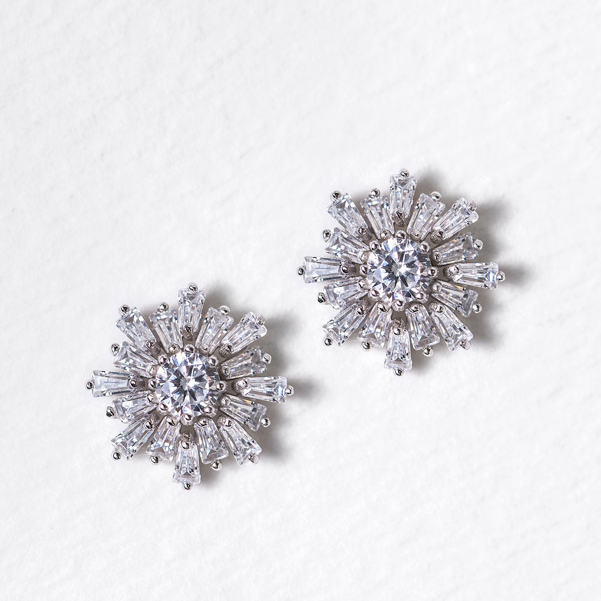 Deco Baguette Rays Studs