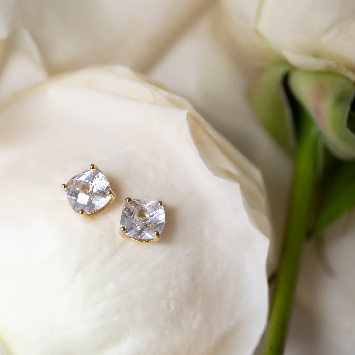 Brynn Solitaire Cushion Stud Earrings - Amy O. Bridal