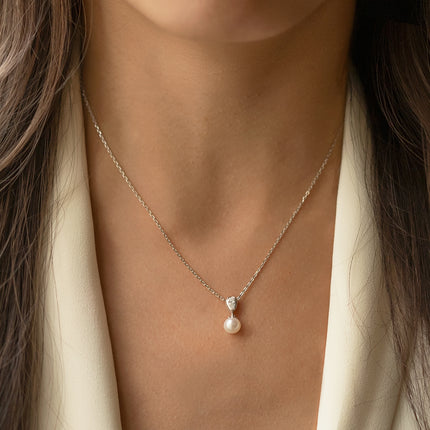 Halo Freshwater Pearl Pendant Necklace