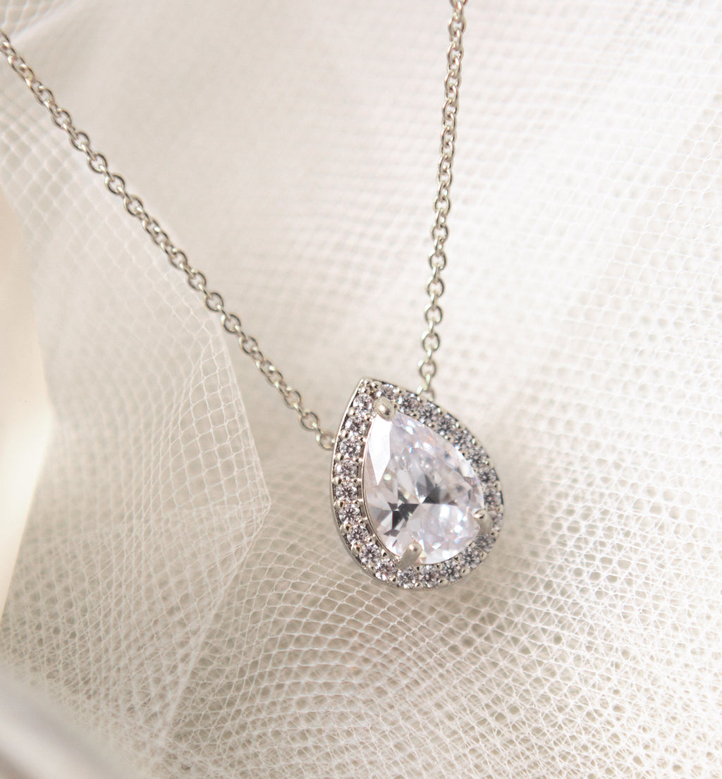 Daisy CZ Bridal White Gold Back Pendant Necklace
