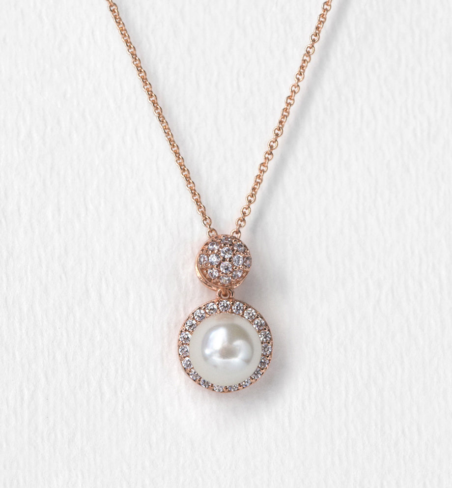 Brea Pearl Pendant Necklace