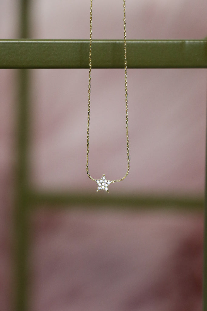 OS / Gold Delicate Star Necklace - Madison + Mallory