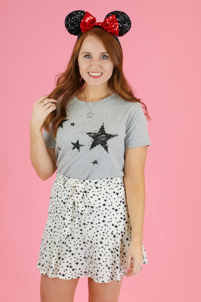 S / Gray Dreamy Nights Star Graphic Top - Madison and Mallory