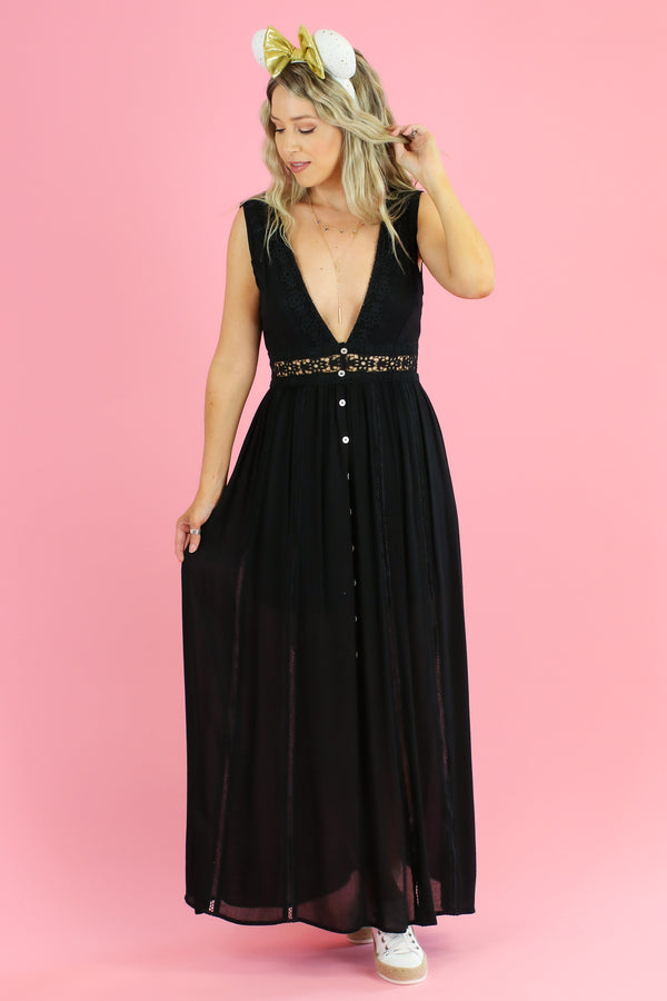 S / Black Giselle Crochet Trim Maxi Dress - Madison and Mallory