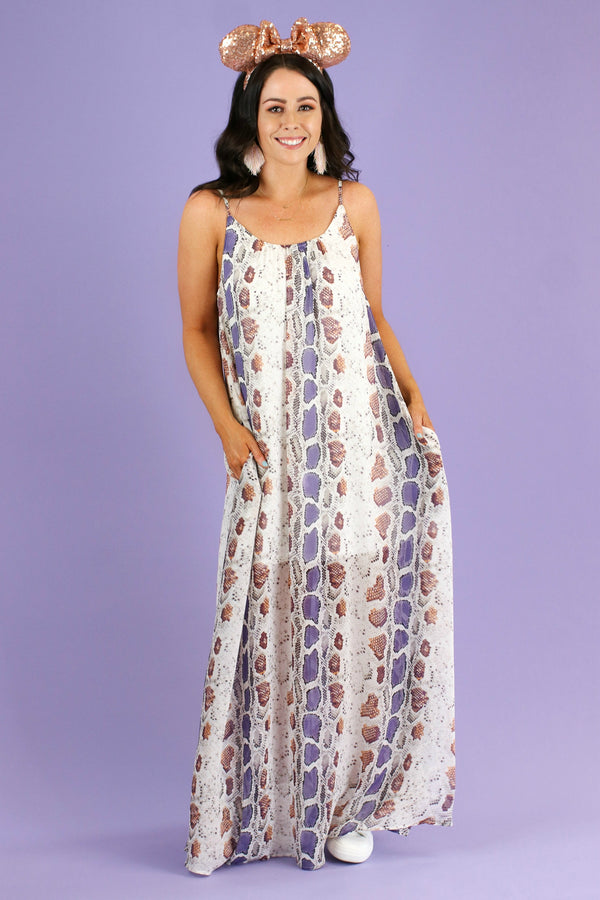 S / Multi Strike Fast Multi Color Maxi Dress | CURVE - Madison and Mallory