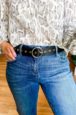 Black / OS Round Up Circle Buckle Belt - Madison and Mallory