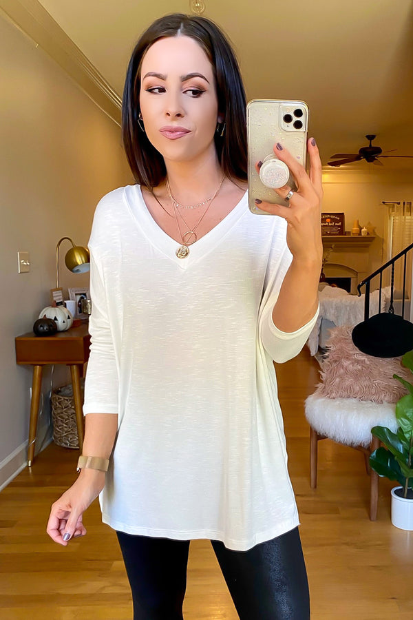 Off White / S Savina V-Neck Relaxed Top - FINAL SALE - Madison and Mallory