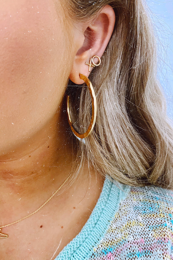Matte Gold Good Luxe Hammered Hoop Earrings - Madison and Mallory