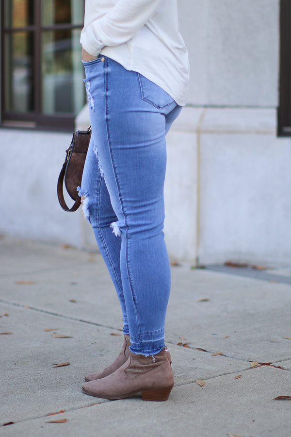 Aldean Released Hem Distressed Jeans - Madison + Mallory