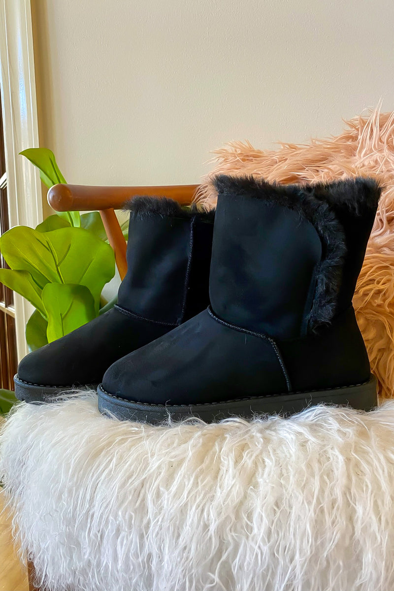 Warming Sign Faux Fur Boots - Madison and Mallory