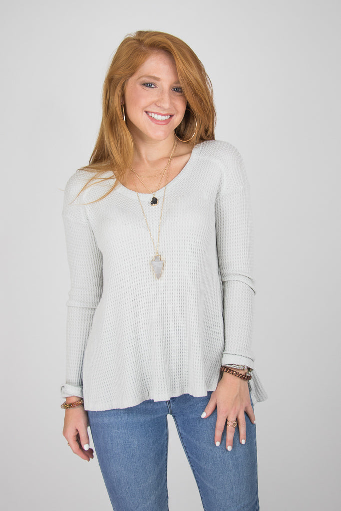 S / Stone V-Neck Thermal Top - Madison + Mallory