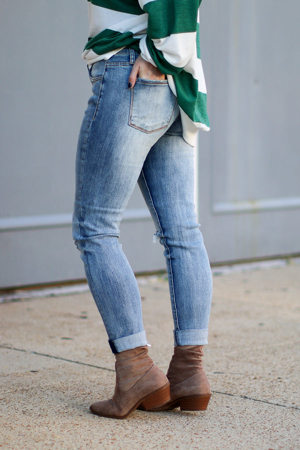 Deliza Distressed Girlfriend Jeans - Madison + Mallory