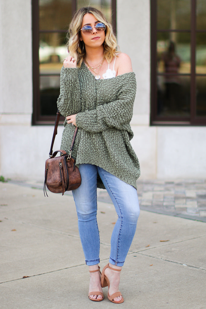 Aveline Popcorn Knit V-Neck Sweater - Olive - Madison + Mallory