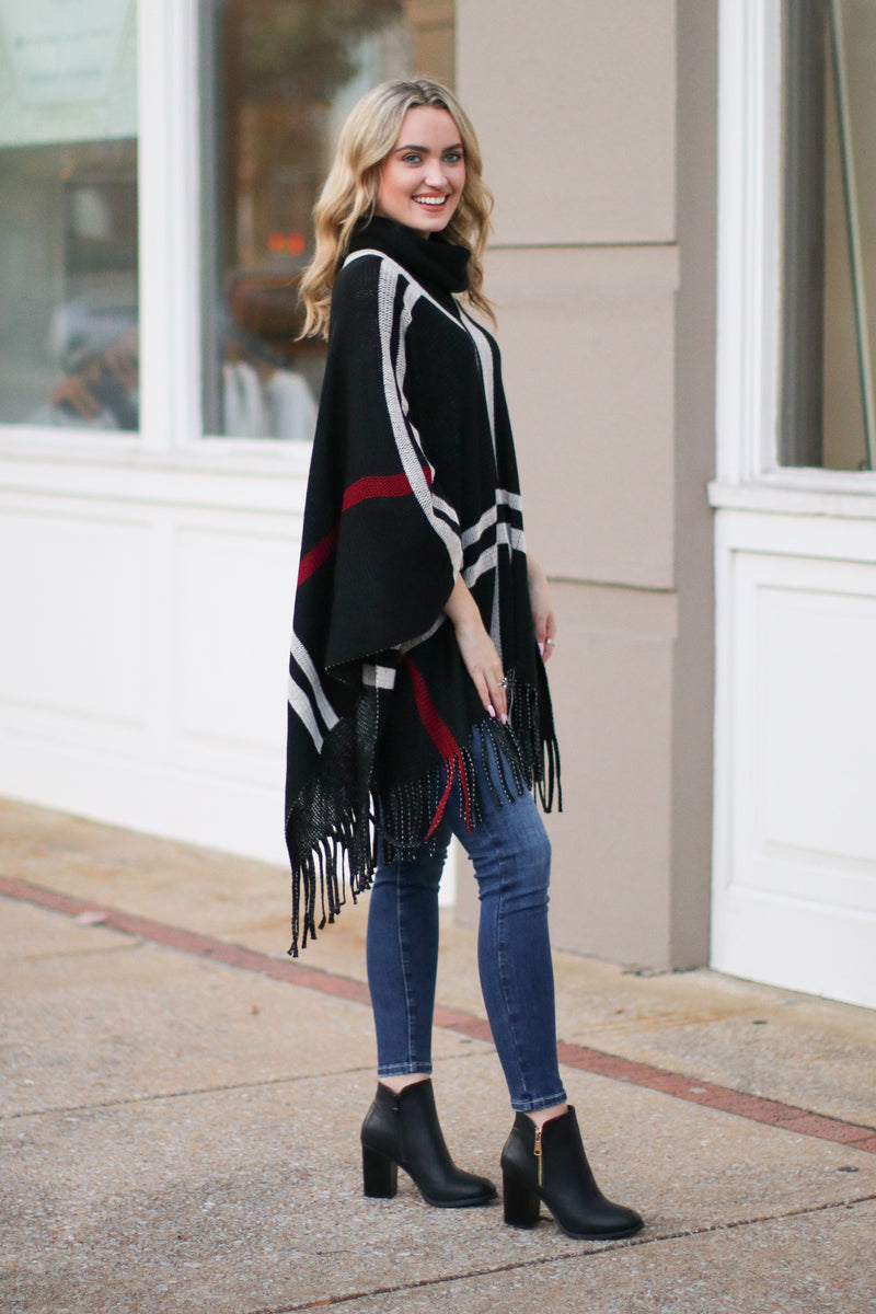 *DOORBUSTER* Latte Lover Plaid Poncho - Black - Madison + Mallory
