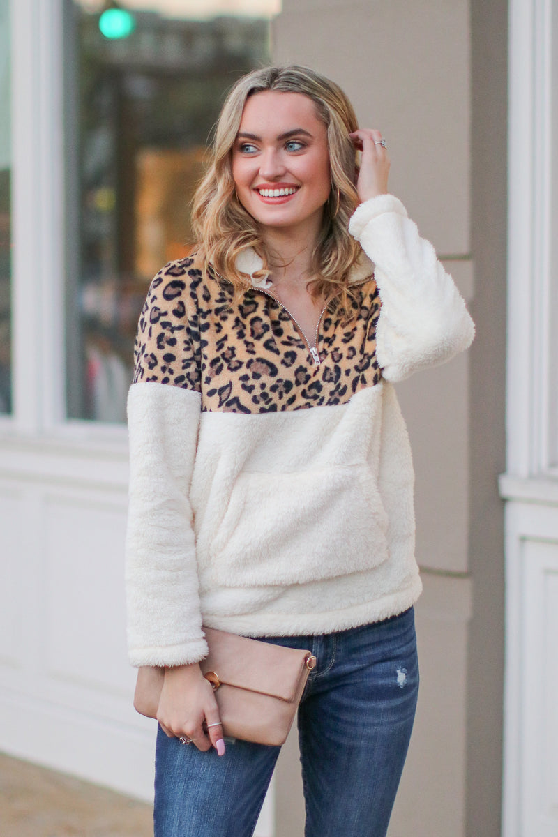 White / S *DOORBUSTER* Keep Roaring Leopard Sherpa Pullover - White - Madison + Mallory